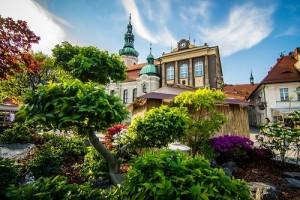 Poľské Versailles a májové záhrady-5